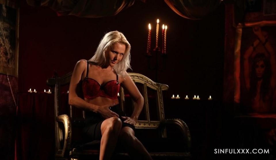 [Full HD] Kathy Anderson Kathy Anderson - SiteRip-00:11:49 | MILF, Solo, Blonde - 1,2 GB