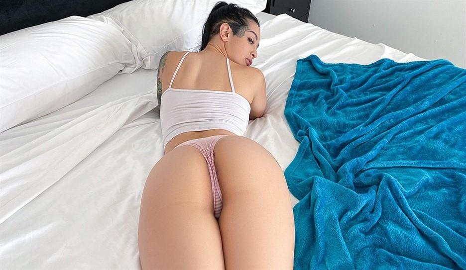[HD] Katrina Jade. Katrina Gets A Pervy Massage Katrina Jade - SiteRip-00:40:51 | Ass Worship, Boyshorts, Big Tits, Big Tits Worship, Bubble Butt, Athletic, Black Hair, Blowjob, Bald Pussy - 874 MB