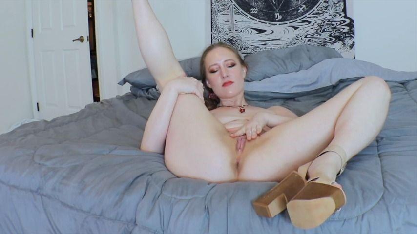 [Full HD] Katyaxx Busty Blonde Nude In Wedge Heels Katyaxx - ManyVids-00:03:27 | High Heels,Ass Spreading,Pussy Spreading,Facials,Blonde - 168,1 MB