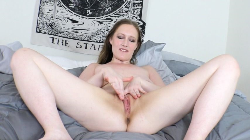[Full HD] Katyaxx Naughty Pussy Play Time With Toys Katyaxx - ManyVids-00:15:27 | Pussy Play,Dildo Riding,Pussy Spreading,Amateur Solo,Dildo Fucking - 750,8 MB