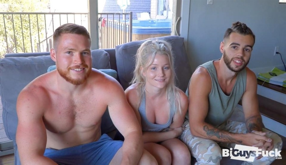 [Full HD] KELLANs Ass Hole Full Of SWEET YOGA COCK And Halle Storms Little Mouth Kellan Hartmann, Canelo Ment, Halle Storm - BiGuysFUCK.com-00:25:38   Bisexual, Threesome, Vaginal Sex, Hardcore, Or...