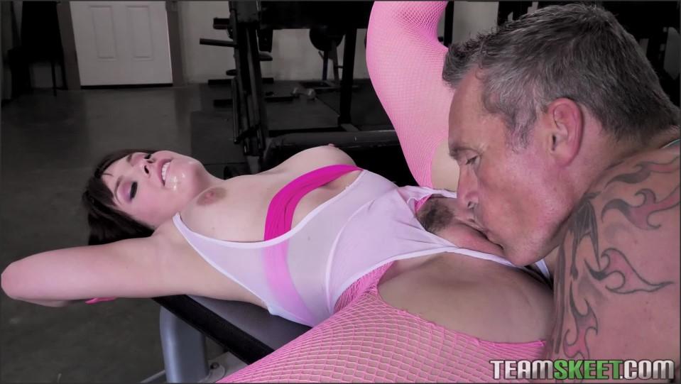 [Full HD] Kiara Edwards - Eighties Chick Kiara Edwards - SiteRip-00:30:48 | Cum on Tits, All Sex - 1,5 GB