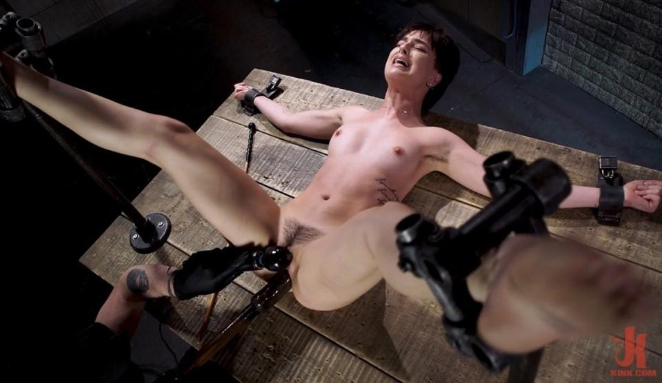 [Full HD] Kristen Scott - Kristen Scott Two Days Of Torment, Day One Kristen Scott, The Pope - Kink.com-00:46:59   Bondage, Clothespins, Dildo, Flogging, Spanking, Clover Clamps, Fingering, BDSM, C...