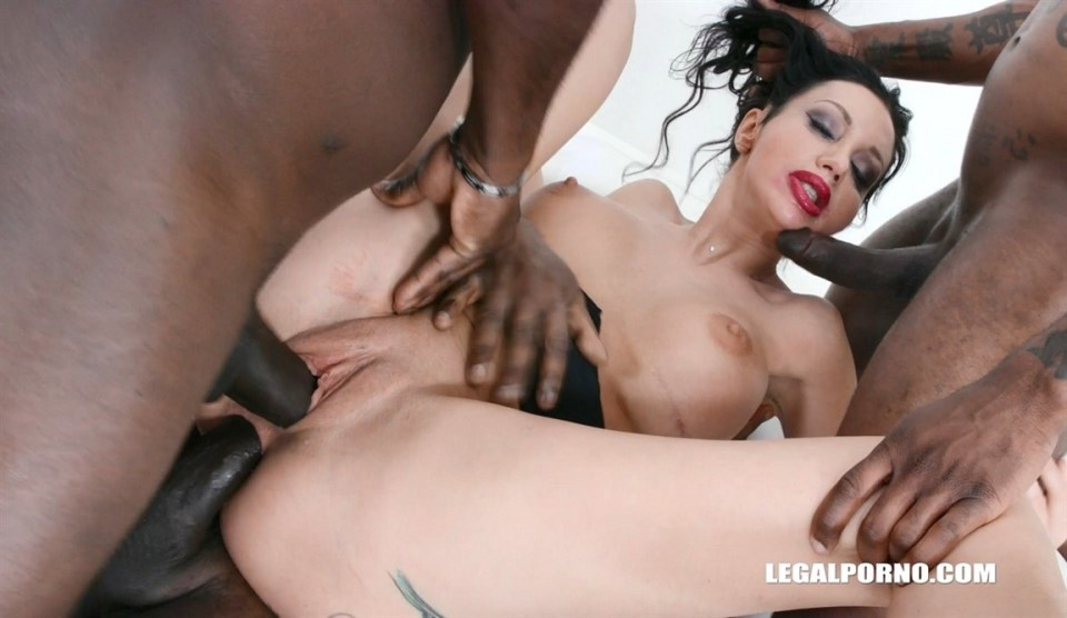 [Full HD] Laura Fiorentino Comes To Get Fucked Like A Bitch And Drinks African Champagne IV447 Laura Fiorentino - SiteRip-00:40:09 | Big Tits, All Sex, Interracial, Toy, Pissing, Hardcore, Milf, Ai...