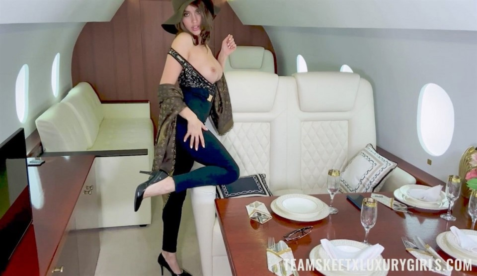 [Full HD] Luxury Girl - The Mile High Club Luxury Girl - SiteRip-00:15:33 | Shaved Pussy, Cum In Mouth, White, Facial, Thick Top, Big Tits, Toned, Brunette, Doggystyle, Fake Tits, Small Ass, Cowgirl, Wild, Teen, Hardcore, Blowjob - 1,3 GB