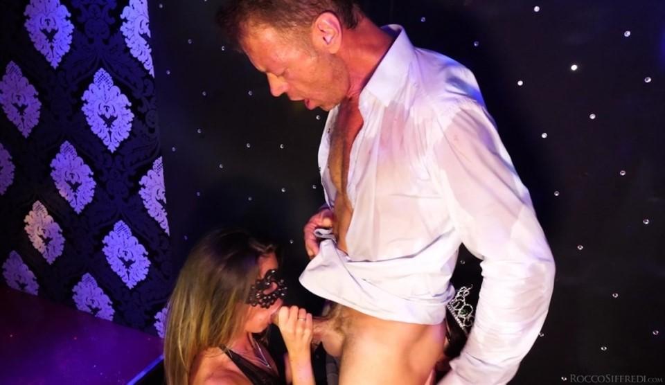[HD] Malena & Sara Bell - Deep Throat Coronation Mix - SiteRip-00:37:53 | Natural Tits, Brunette, Teens, Petite, Hardcore, Pornstar, Deepthroat, Big Dick, Threesome, Big Tits, Blonde, Blowjob - 1,5 GB