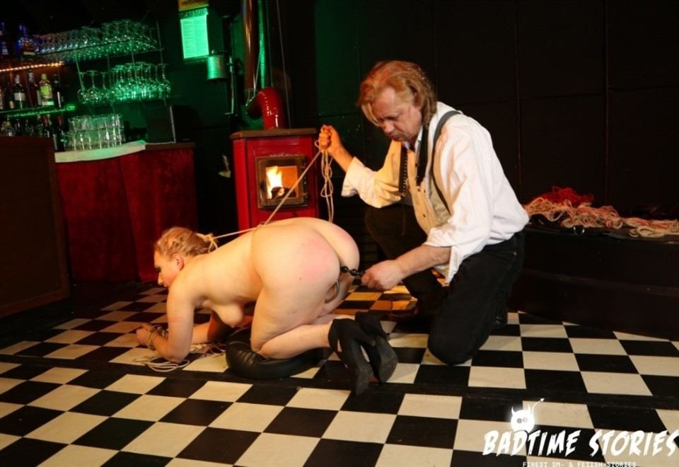 [Full HD] Mary O. Intense bondage and domination with obedient German slave Mary O. PT 2 Mix - SiteRip-00:32:35   Bondage, Toys, German, Domination, Anal Hook - 2,8 GB