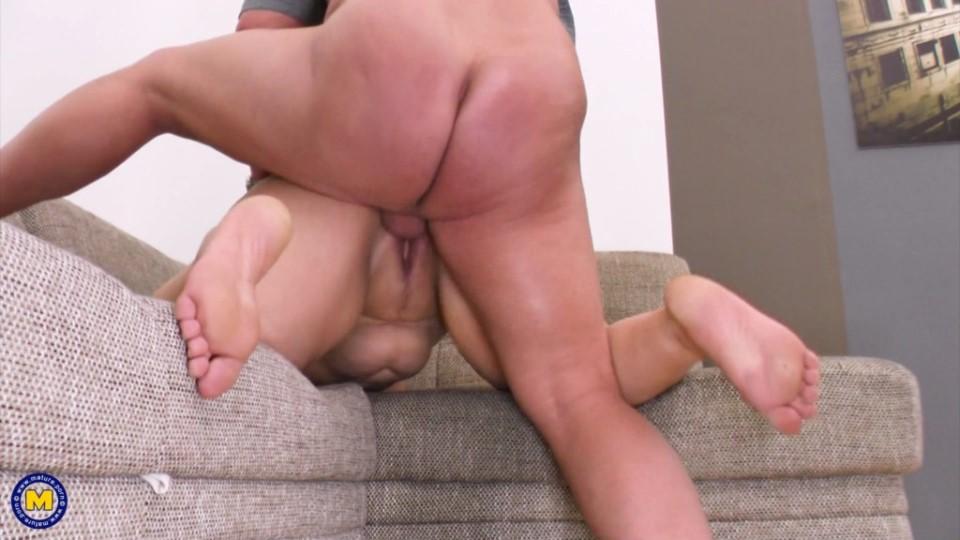 [Full HD] Melany - Big booty mature Melany loves doggystyle and sucking a hard throbbing cock Melany - SiteRip-00:19:46 | Blowjob, BBW, Cum, Facial, Natural tits - 1,3 GB