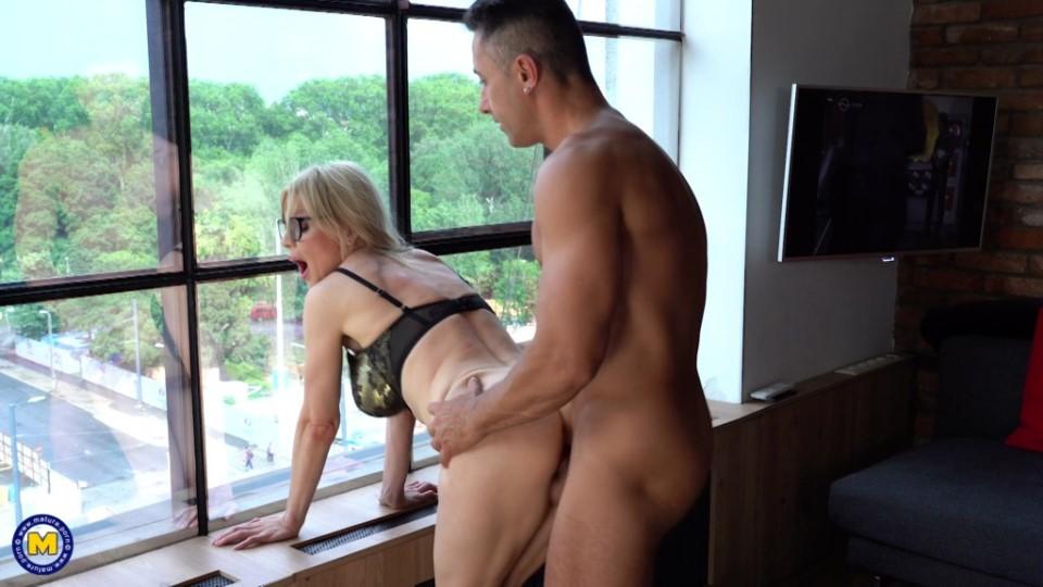 [Full HD] Nadya Basinger - Hot MILF Nadya Basinger Getting Anal Creampie Nadya Basinger - SiteRip-00:37:04 | Cum, Masturbation, Anal, Big Tits, Creampie, MILF, Asslicking, Blowjob - 2,1 GB