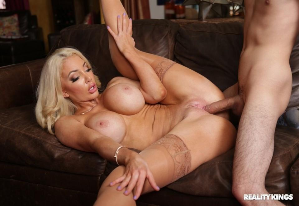 [Full HD] Nicolette Shea - Chronic Humping Syndrome. All Sex, Blowjob, Big Tits, MILF, 1080p Nicolette Shea - SiteRip-00:20:56   Big Tits, Blowjob, All Sex, MILF - 891,7 MB