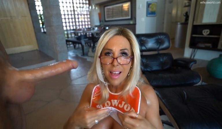 [HD] Sandra Otterson. 2020.11.30 Sandra Otterson - SiteRip-00:16:13 | Dildo, Sexwife, Mature, Cum On Glasses, Blowjob, Big Cock, Facial - 595,4 MB