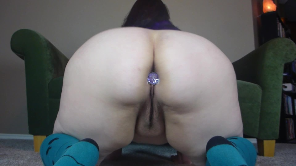 [Full HD] tcky31-paige-the-butt-plug-2-jeweled tcky31 - ManyVids-00:04:34 | Ass,Butt Plug,Fingering - 394,5 MB
