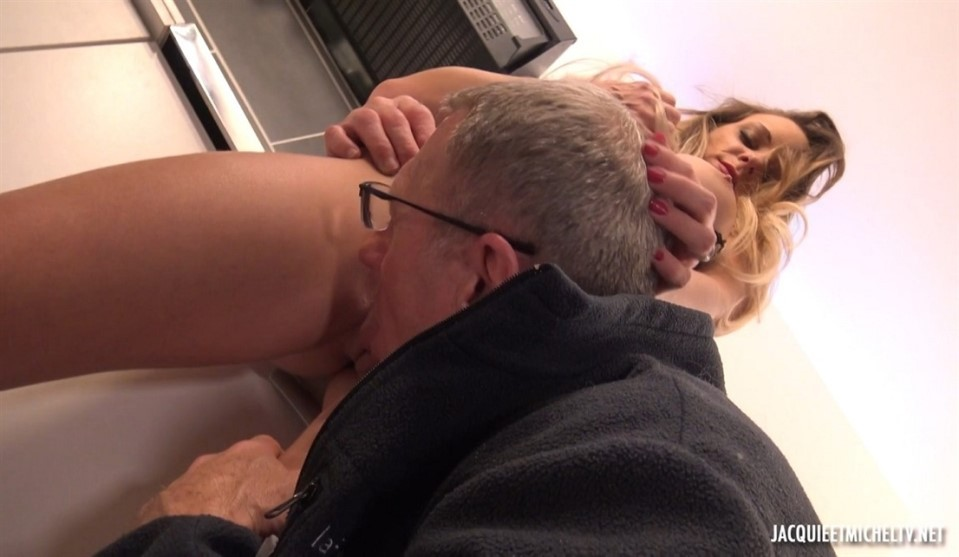 [Full HD] Tiffany - Sublime Tiffany Tiffany - SiteRip-00:36:04 | Big tits, Beautiful, French, Oldyoung, Blonde, Hard fucking - 931,2 MB