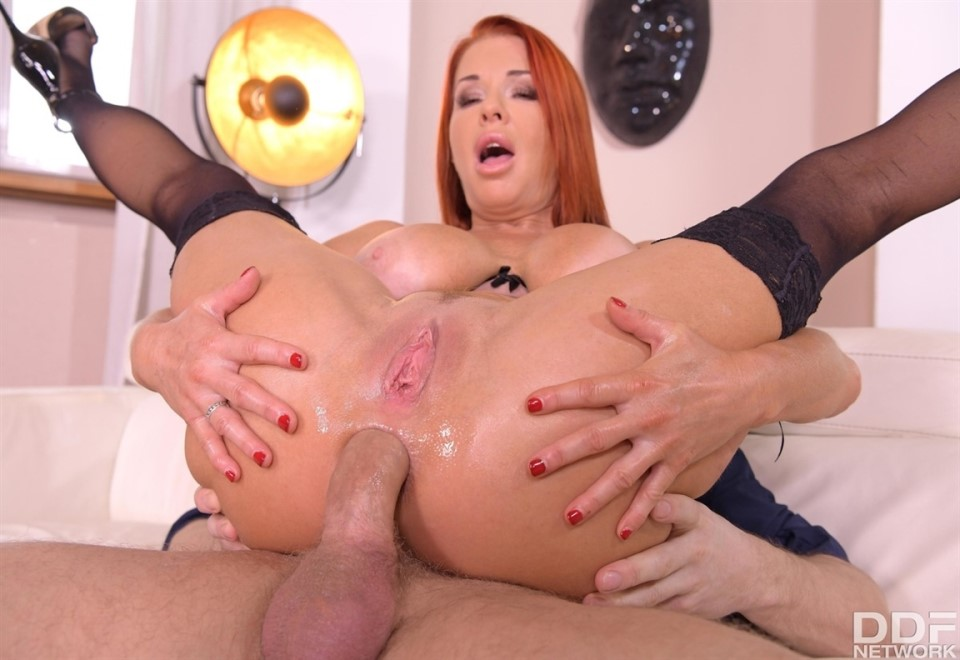 [Full HD] Veronica Avluv - Busty Milf On Anal Assignment Mix - SiteRip-00:41:18 | MILF, Anal, Hardcore, Gonzo, Facial - 2,4 GB