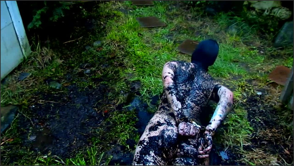 [HD] Abigail Dupree Muddy Sex Slave Outdoors Humiliation Abigail Dupree - Manyvids-00:02:48 | Size - 214,2 MB