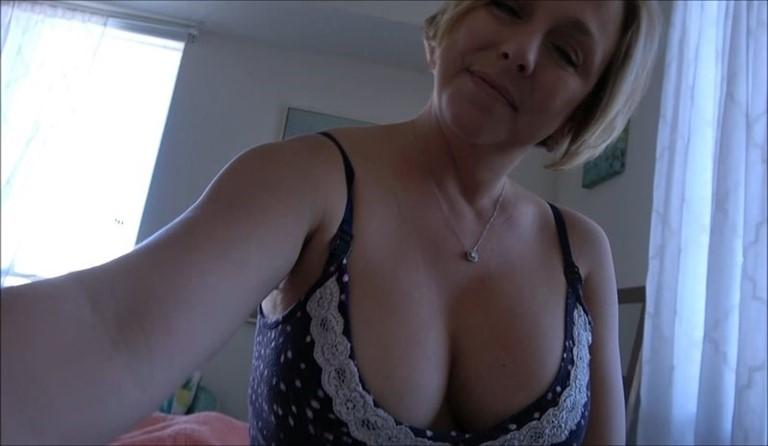 [Full HD] Brianna Beach - Good Morning With Mom Brianna Beach - SiteRip-00:18:22   Son, POV, Taboo, Family Sex, Mother, Incest, Roleplay - 1,7 GB