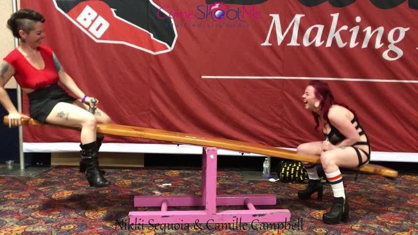 [Full HD] Camille Campbell 2 Girls Riding The See Saw At Exxxotica Camille Campbell - ManyVids-00:02:59   Public Flashing, Bouncing Boobs, Breast Bouncing, Boob Bouncing, PAWG - 347,8 MB
