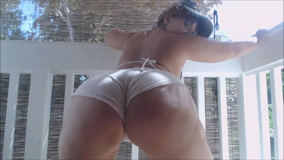 [Full HD] Carmita Bonita Big Booty Balcony Tease Carmita Bonita - ManyVids-00:06:27 | Ass, Exhibitionism, Flashing, Latin - 239,9 MB