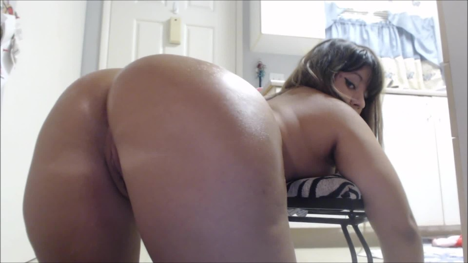 [Full HD] Carmita Bonita Fetish Boots Oily Booty And Stripping Carmita Bonita - ManyVids-00:07:31   Ass, Brunette, High Heels, Latex, Striptease - 1 GB