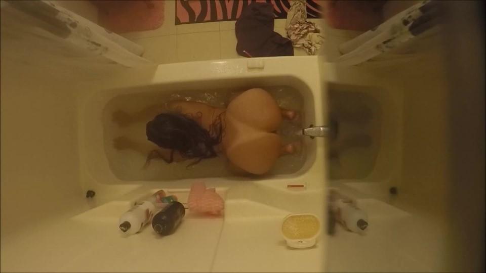 [HD] Carmita Bonita Hidden Camera Shower Voyeurism Carmita Bonita - ManyVids-00:13:45   Ass, Latin, Shower, Voyeur, Webcam - 349,6 MB