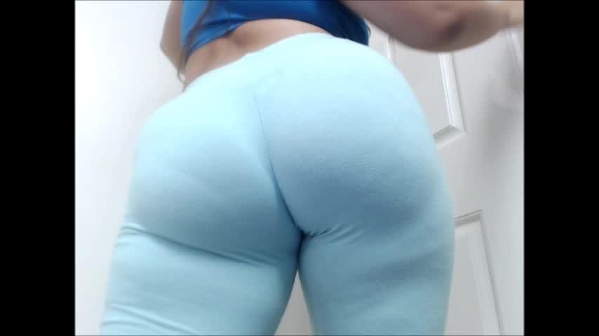 [SD] Carmita Bonita Leggings Assworship And Winking Ass Hole Carmita Bonita - ManyVids-00:05:57 | Ass, Brunette, Camel Toe, Flashing, Latin - 263,3 MB