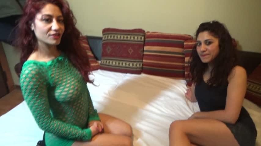 [Full HD] Dana Santo Girls Perverse Sisters Dana Santo Girls - ManyVids-00:15:17 | Blow Jobs, Cum In Mouth, Lesbians, Sisters, Twins - 2 GB