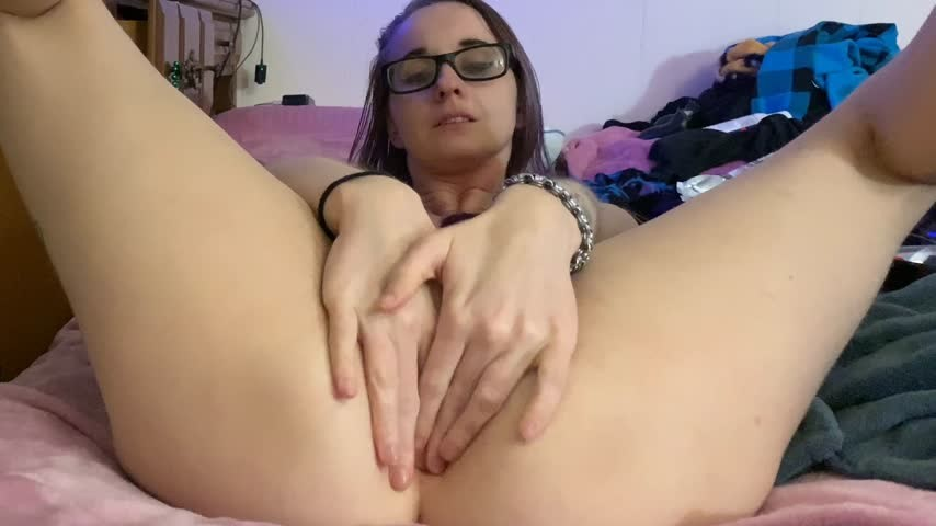 [4K Ultra HD] eloraviolet marie attempts dp for the first time EloraViolet - ManyVids-00:08:25 | Double Penetration, Solo Female, Masturbation, Amateur, Anal Play - 2,5 GB