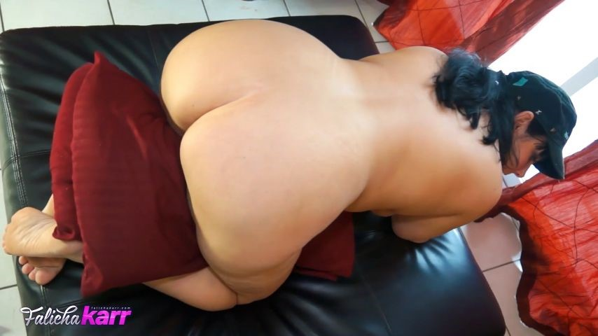 [Full HD] Falicha Karr Big Booty Pillow Humper Falicha Karr - ManyVids-00:11:29 | Booty Poppin, Big Ass, Big Legs, MILF, Ass Worship - 398 MB