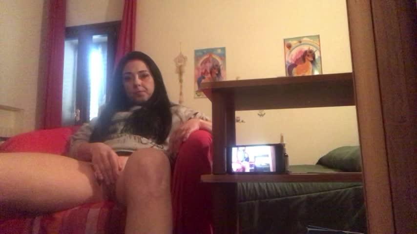 [Full HD] Italianporno1001 My Phone Fetish Dildo Masturbation Italianporno1001 - ManyVids-00:10:18 | Dildo Fucking, Hairy, Ass, White Booty, MILF - 825,5 MB