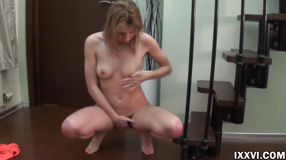 Ixxvicom Beautiful Blonde Fingering Hairy Pussy