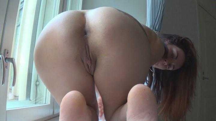 [Full HD] Ixxvicom Morning Masturbation Pink Pussy Close Up IXXVICOM - ManyVids-00:08:00 | Ass, Close-Ups, Fingering, Masturbation, Pussy Shaving - 1,5 GB