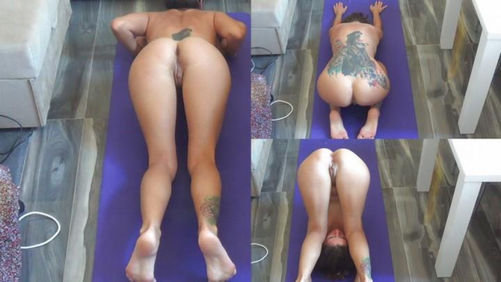 [Full HD] Ixxvicom Morning Naked Yoga IXXVICOM - ManyVids-00:10:00   Yoga, Nudity/Naked, Adult Babies, Pussy Shaving, Ass - 1,4 GB