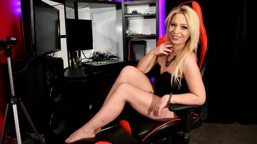 [Full HD] Jamiett Brick It Wipe It JamieTT - ManyVids-00:05:43 | Blackmail Fantasy, Cock Tease, Femdom, Powerful Woman, Financial Domination - 555,9 MB