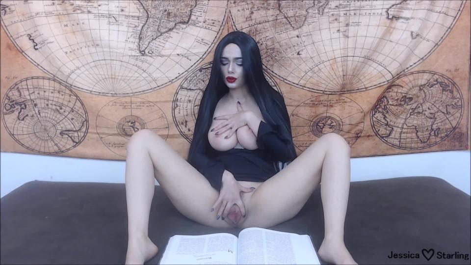 [Full HD] Jessica Starling Morticia Fingers And Fucks To Poe Jessica Starling - ManyVids-00:31:24 | Cosplay, Halloween, Masturbation, Fingering, Dildo Fucking - 1,6 GB