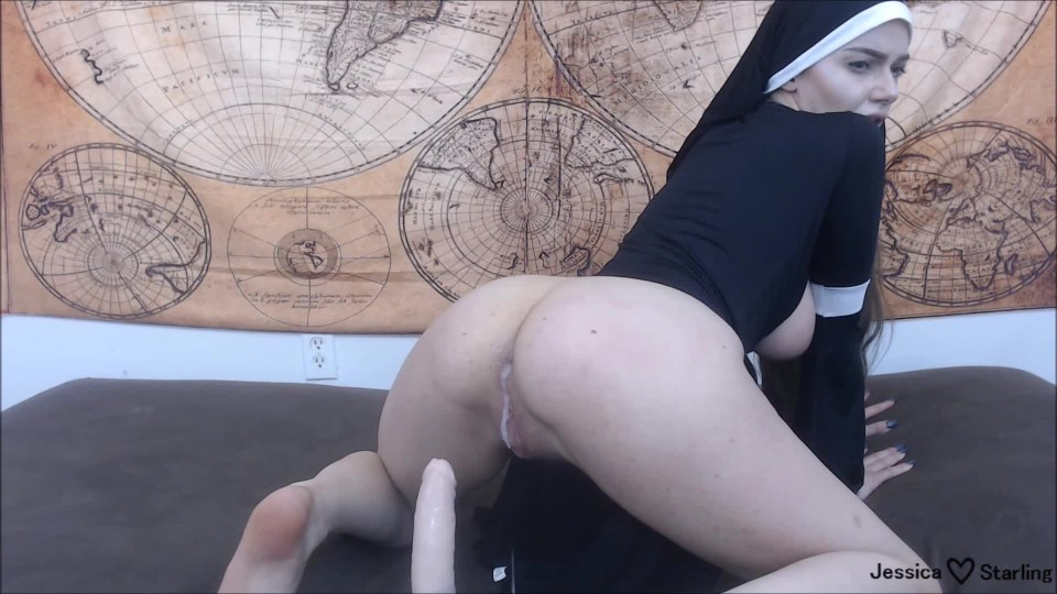 [Full HD] Jessica Starling Possessed Nun Gets Anal Creampie Jessica Starling - ManyVids-00:16:06   Anal, Creampie, Religious, Riding, Halloween - 832,6 MB