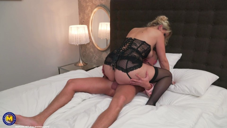 [Full HD] Julia Pink - Horny Fucking And Sucking MILF Julia Pink Loves Eating Her Toy Boys Ass Julia Pink - SiteRip-00:36:55 | Asslicking, Big Tits, Blowjob, Old, Cum, MILF, Shaved, Facial - 1,5 GB