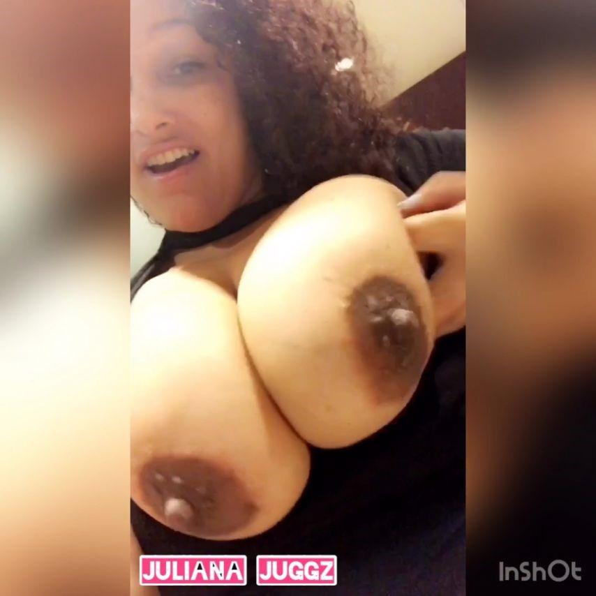 [SD] Juliana Juggz Almost Caught Hotel Public Bathroom Juliana Juggz - ManyVids-00:05:09   Public Flashing, BBW, Big Boobs, MILF, Nipples - 231,1 MB