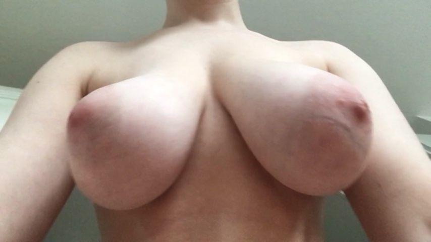 [Full HD] Kinkyemma Bouncing Big Boobs Underneath Pov KinkyEmma - ManyVids-00:01:04   Big Tits,Big Boobs,Bouncing Boobs,Veins/ Veiny,Nipples - 100,8 MB