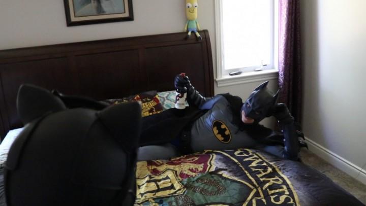 [Full HD] Kosplay Keri Catwoman Makes Batman Eat P-- Burgers Kosplay_Keri - ManyVids-00:12:28 | Cosplay, Eating, Femdom, Non-Nude, Pee - 1,3 GB