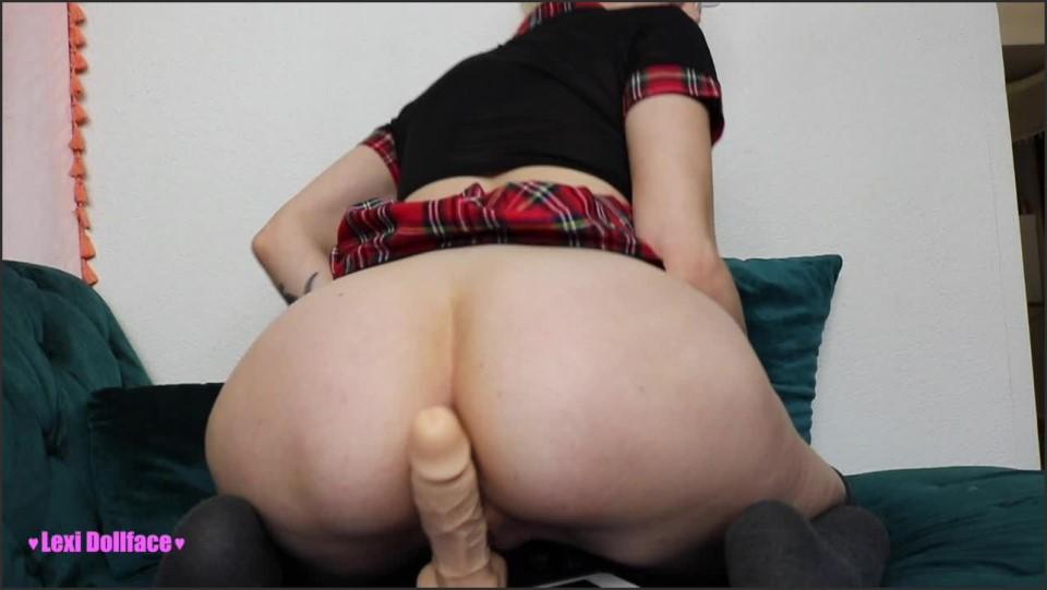 [HD] Lexi Dollface Blonde Sch--Lgirl Gives Assjob And Bj Lexi Dollface - ManyVids-00:13:38 | School Girl, Blonde, Blowjob, Assjobs, Ass Fetish - 1,3 GB
