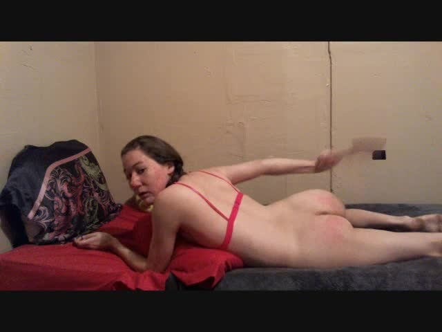 [SD] Lillian Isley Pink And Red Lillian Isley - ManyVids-00:05:52 | Big Butts, Paddling, Spanking - 15,8 MB