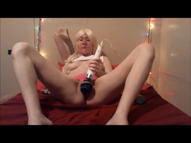 [SD] Lillian Isley Pink Panty Squirting Lillian Isley - ManyVids-00:04:58 | Blonde, Panty Fetish, Squirting - 51,9 MB