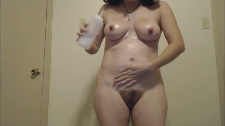 [SD] Lillian Isley Slippy Glittery Tease Lillian Isley - ManyVids-00:03:16 | Big Boobs, Brunette, Hairy Bush - 67,6 MB