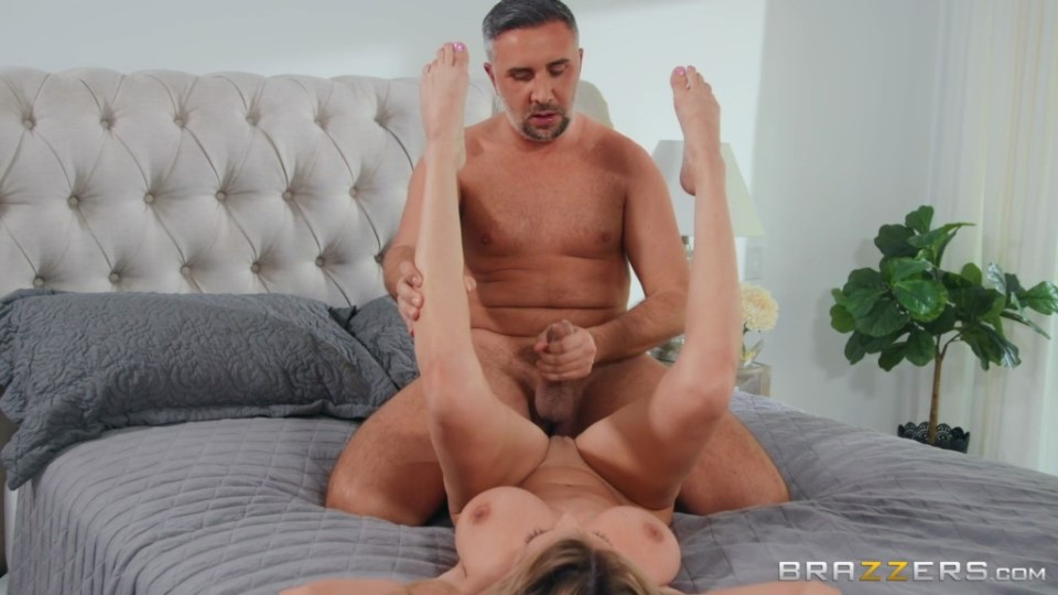 [Full HD] Linzee Ryder - An Extra Buck Linzee Ryder - SiteRip-00:29:22 | Big Tits, Wife, All Sex, MILF, Sneaky - 1,3 GB