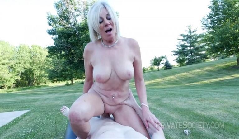 [HD] Peyton Aka Payton Hall Peyton - SiteRip-00:24:06 | Old Young, Open Mouth Facial Cumshot, Big Dick, Cum Swallowing, Big Tits, Outdoors, Hardcore, Pussy Licking, Granny, Mature, Blowjob - 1,2 GB