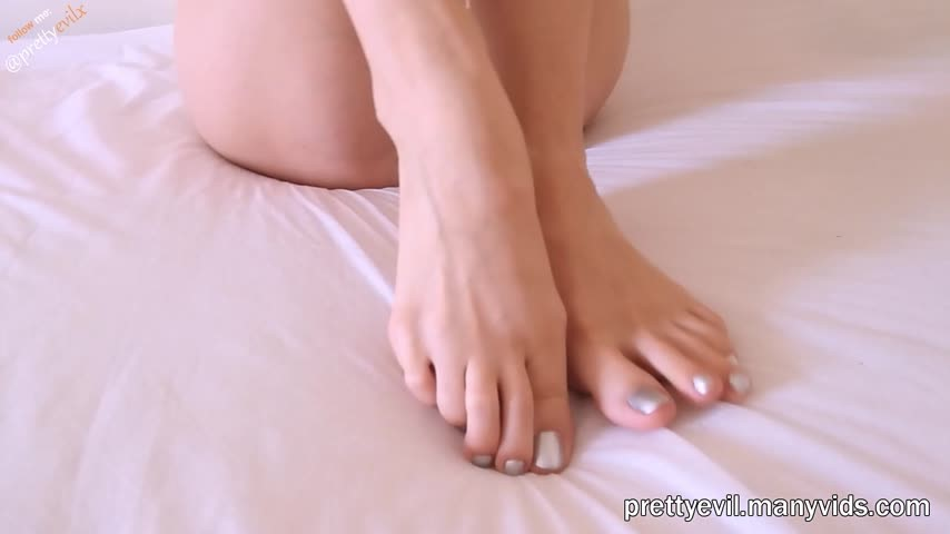 [Full HD] Prettyevil Footjob And Toejob Cumshot Without Hands Prettyevil - ManyVids-00:09:42 | Barefoot,Footjobs,Feet,Foot Worship,Long Toes - 491,2 MB