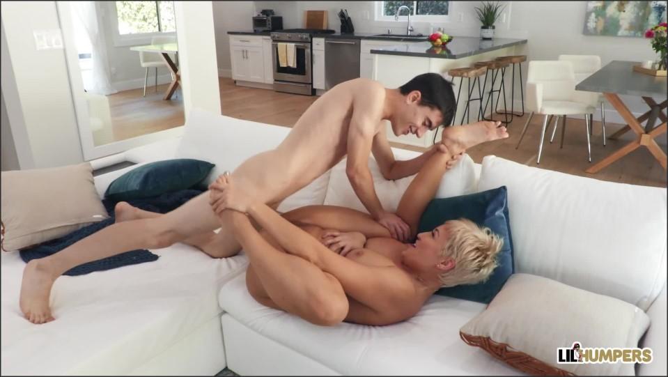 [Full HD] Ryan Keely - Window Washed Ryan Keely - SiteRip-00:29:45 | Blonde, Blowjob, Cowgirl, Big Ass, MILF, Deep Throat, Blowjob POV, Ig Tits - 1,3 GB