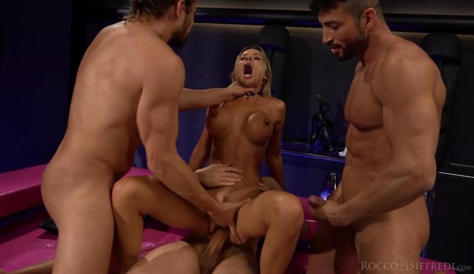 [Full HD] Shalina Devine. Roccos Insatiable Milfs - Scene 2 Shalina Devine - SiteRip-00:36:06 | Big Tits, Blond, Squirting, Fake Tits, Foot Fetish, MILF, Facial, Anal, DP, Gangbang, CIM - 1,5 GB