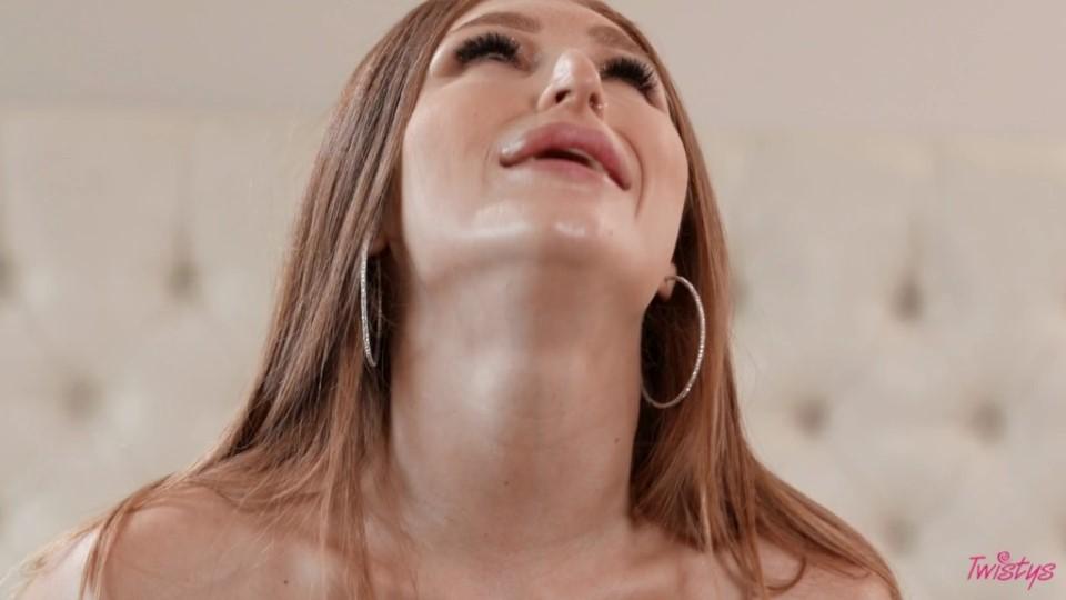 [Full HD] Sofi Ryan, Skylar Snow Sofi Ryan, Skylar Snow - SiteRip-00:31:00 | Lesbian, 69, Big Ass, Big Tits - 673,6 MB