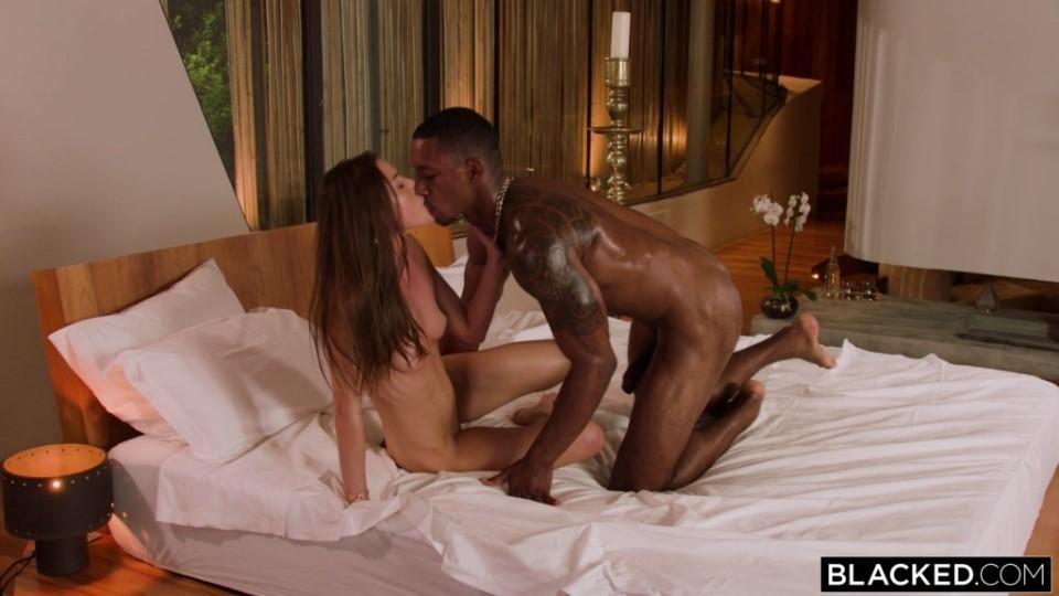 [Full HD] Sybil - Hospitality Sybil - SiteRip-00:38:39 | Small Tits, Bubble Butt, All Sex, Brunette, Gonzo, Hardcore, Interracial, Blowjob - 3,4 GB